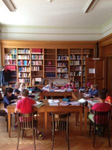 hausaufgaben_in_der_bibliothek